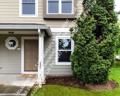 Bright and Spacious Corner Unit in Rose Hill!