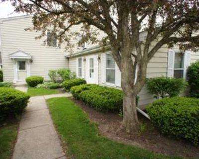 414 Farmingdale Cir #414, Vernon Hills, IL 60061 2 Bedroom House