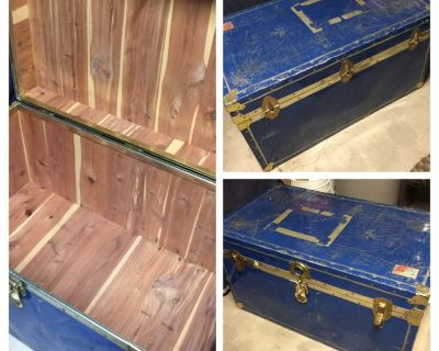 Vintage Cedar Travel Trunk... can use as bench or coffee table?