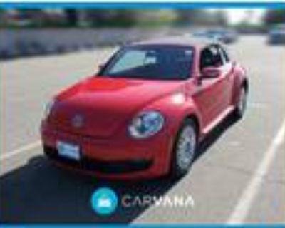 2013 Volkswagen Beetle Red, 32K miles
