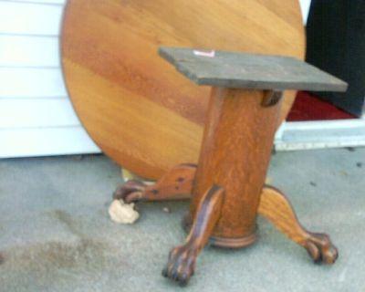 Antique round Oak Table has clawfeet, $650,