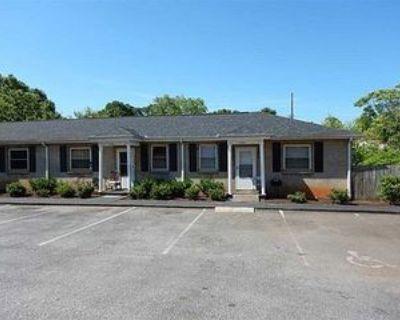 914 Railroad St #A, Anderson, SC 29624 2 Bedroom Apartment