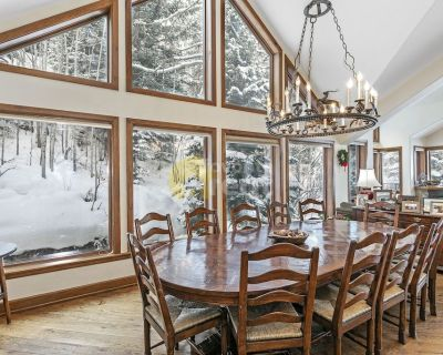 Fabulous 6 bedrooms condo in Vail
