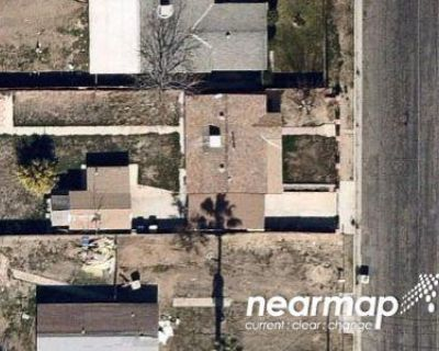 2 Bed 1.0 Bath Preforeclosure Property in Bakersfield, CA 93306 - Isabell Rd