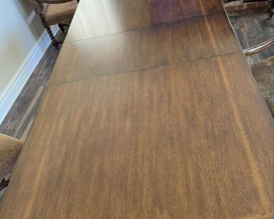 Thomasville 8 seat solid wood dining table&Oversize chairs/44x 102-table $1,200