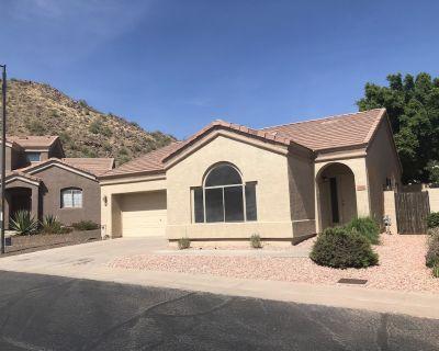 Cozy 2 bedroom, 2 bath home in East Mesa with Mtn Views (Pet Friendly) - Mesa