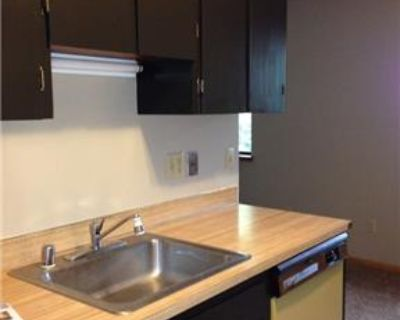 1 Bedroom Pet Friendly Apartment ! Ready Now