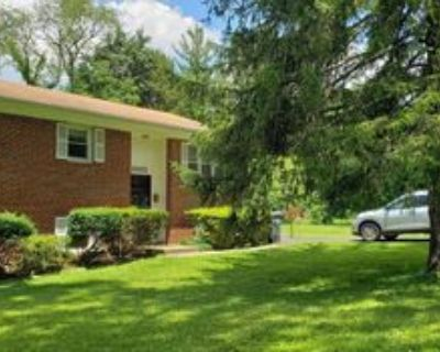 2032 Greenwich St, McLean, VA 22043 4 Bedroom House for Rent for $3,000/month