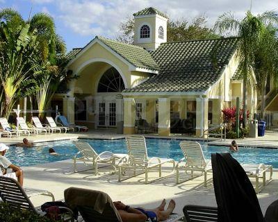 Beatiful 3 bedroom condo in a lovely resort style community - Villas