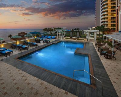 Marriott BeachPlace Towers - 2 Bedroom, 2 Full Bathroom Suite - Central Beach