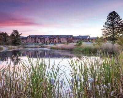 Wyndham Vacation Resorts at Glacier Canyon - 2 Bedroom - Lake Delton