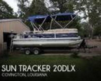 22 foot Sun Tracker 22