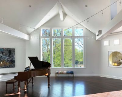 Sophisticated Large Event Space with Bar, Piano and an Incredible Kitchen, Nashville, TN