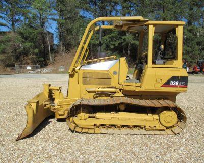 2005 CATERPILLAR D3G LGP Dozers, Crawler Tractors