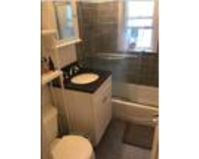 Roommate wanted to share 5+ Bedroom 2 Bathroom Apartment...