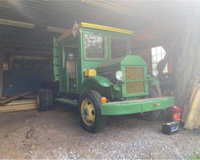 1947 GMC Dump Truck