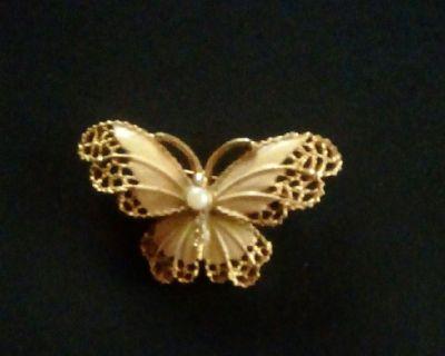 Bsk butterfly brooch