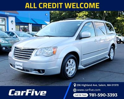Used 2010 Chrysler Town & Country 4dr Wgn Touring Plus