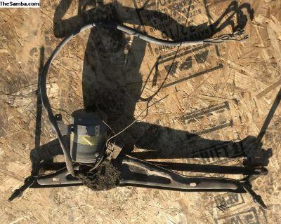Windshield wiper motor assy