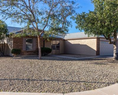 Cozy Home 5 mins from Cardinals Stadium/Westgate - Glendale