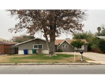 3 Bed 1.5 Bath Preforeclosure Property in Bakersfield, CA 93312 - Holland St