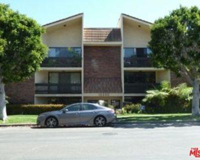 15330 Albright St, Los Angeles, CA 90272 3 Bedroom Condo