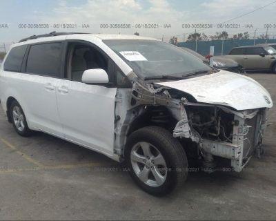 Salvage White 2012 Toyota Sienna