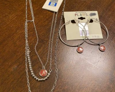 Alabama necklace with matching earrings, $5.00