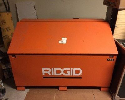 Rigid Gang Box (2 Pictures) Originally $750 Sell $250.00
