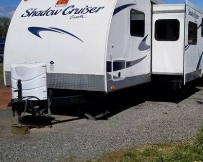 2013 Cruiser RV Shadow Cruiser