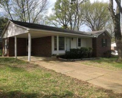 192 Holiday Dr, Jackson, TN 38305 3 Bedroom House