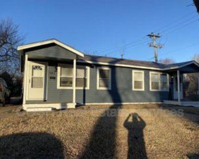 361 N Lorraine Ave, Wichita, KS 67214 1 Bedroom Condo