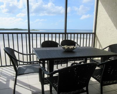 Beachfront 2B/2B Vacation Condo At Carlos Pointe Resort With Amazing Views! World Famous Sunsets! Southern Tip of Island! - South Island