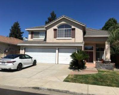 1291 Hepburn St, Tracy, CA 95376 4 Bedroom House