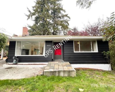 Cozy 4BR 1.5Bath Country Cottage in Mercer Island