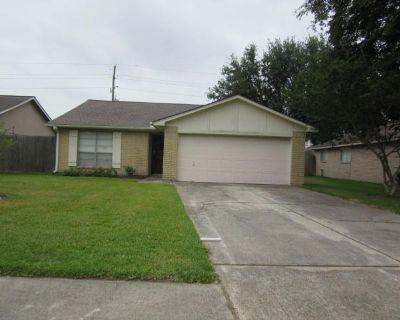 9815 Fernstone Lane, Houston, TX 77070