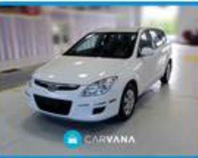 2011 Hyundai Elantra White, 81K miles