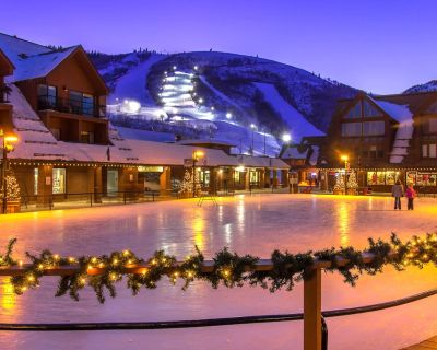 Comfortable ski-in/ski-out condo with shared pool, hot tub, & gym! - Park City