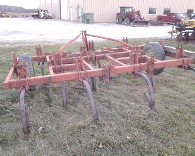 Other 10 Shank Chisel Plow
