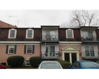 2 Bed 2 Bath Preforeclosure Property in Louisville, KY 40218 - Chanel Ct Apt 2