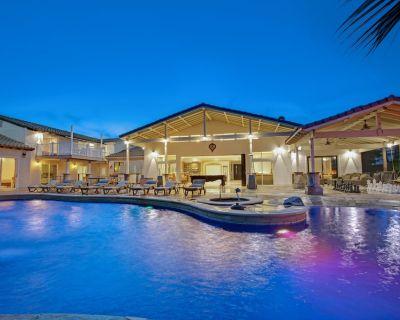 CHATEAU FLORENCIA = BEST! ExcitingClassyFunSafeLuxuryPrivateResort Permit RVC297 - Bermuda Dunes