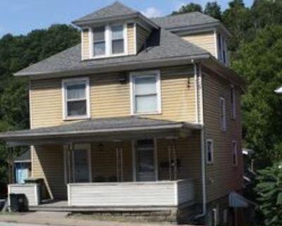 595 E Brockway Ave #1, Morgantown, WV 26501 2 Bedroom Apartment