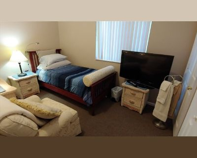 Room for rent in Sunset Strip, Sunrise