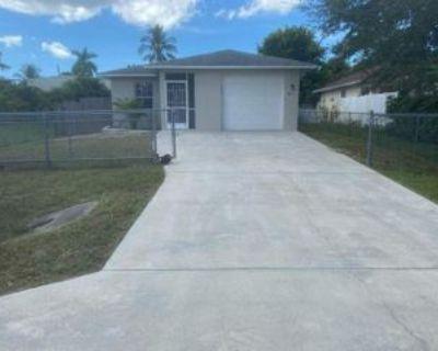 141 1st St, Naples, FL 34113 3 Bedroom House