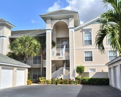 Newly Furnished 2 bedroom plus den condo minutes from the Gulf - Bonita Springs