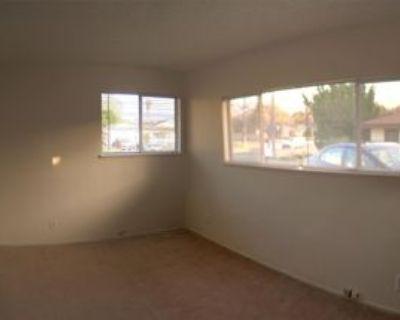 9307 Yolanda Ave #4, Los Angeles, CA 91324 6 Bedroom Apartment