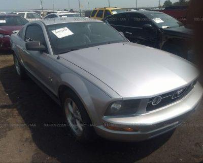 Salvage Gray 2009 Ford Mustang
