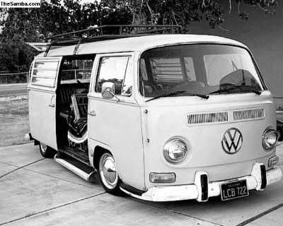 1969 VW Baywindow Bus deluxe 1776 cc engine