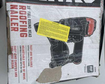 BANKS 15 Roofing Nailer