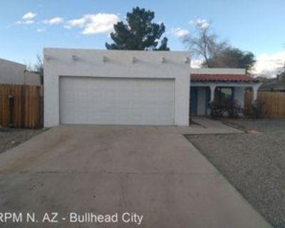 449 Roadrunner Dr, Bullhead City, AZ 86442 3 Bedroom House